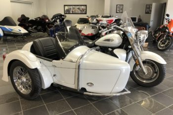 2006 YAMAHA ROYAL STAR TOUR DELUXE with HANNIGAN HERITAGE SIDECAR
